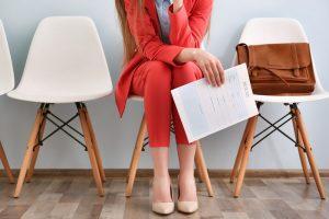 donna che cerca lavoro